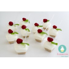 Mini cheesecake zmeura