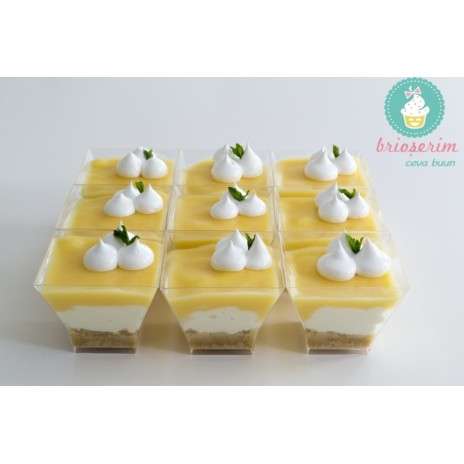 Mini cheesecake cu lemon curd