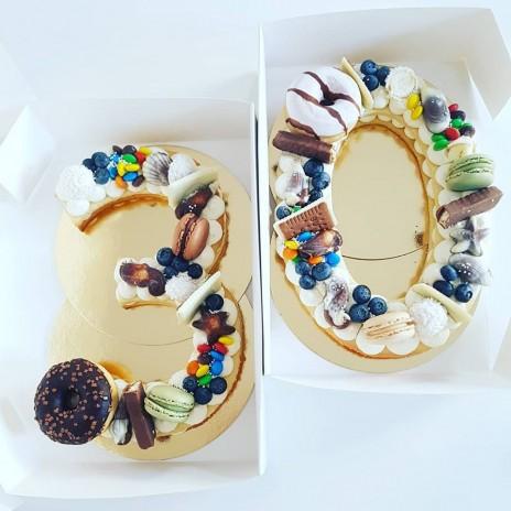 Tort cifra - Biscuit Tart Layered Cake