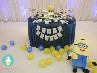 Eveniment Candy_bar_botez_minions4 brioserim.ro